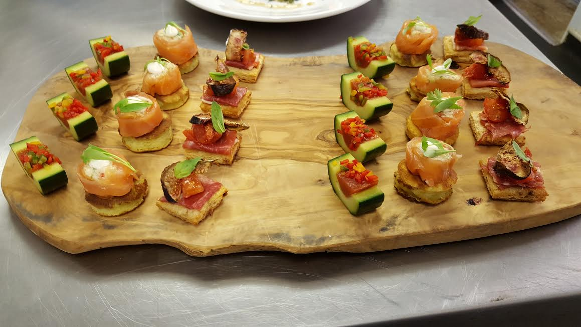 Canap s tom 39 s kitchen for Canape buffet menus